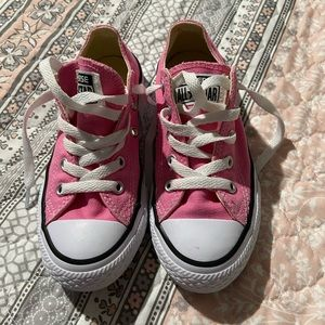 Like new pink Converse All Stars